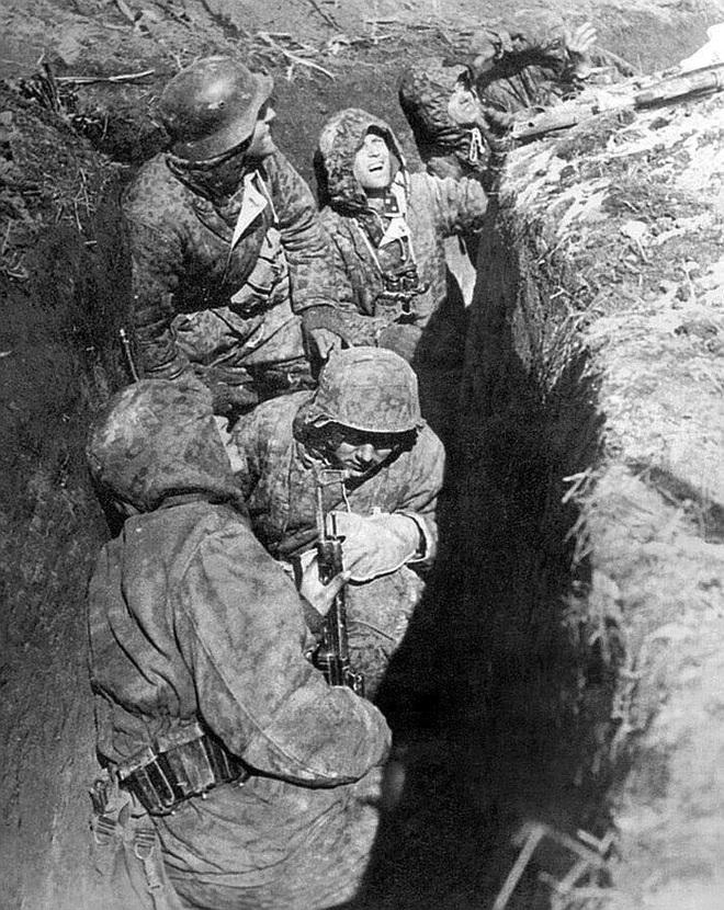 Hàng nghìn quân Liên Xô tử trận sau Ngày Chiến thắng: Nỗi khiếp sợ khiến quân Đức quyết mở đường máu - Ảnh 6.