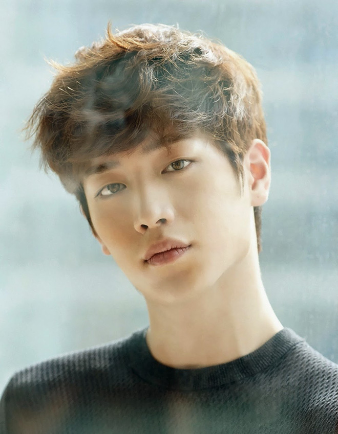 Ngỡ ngàng 10 sự thật về dàn tài tử hot nhất xứ Hàn: Song Joong Ki từng trộm đồ, Lee Jong Suk là song trùng của mỹ nhân đẹp nhất thế giới? - Ảnh 4.