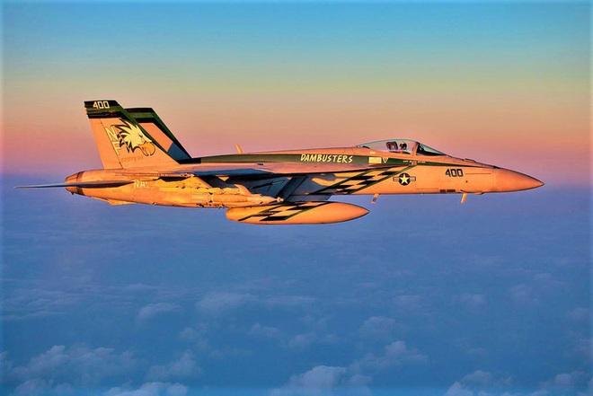 """Tiêm kích hạm đa năng F/A-18 lại """"sốt"""" trở lại? - ảnh 4"""
