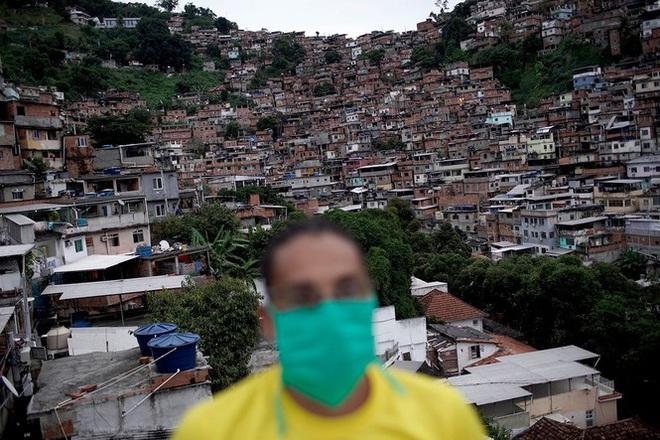 Brazil cực nhọc vật lộn với COVID-19 - Ảnh 27.