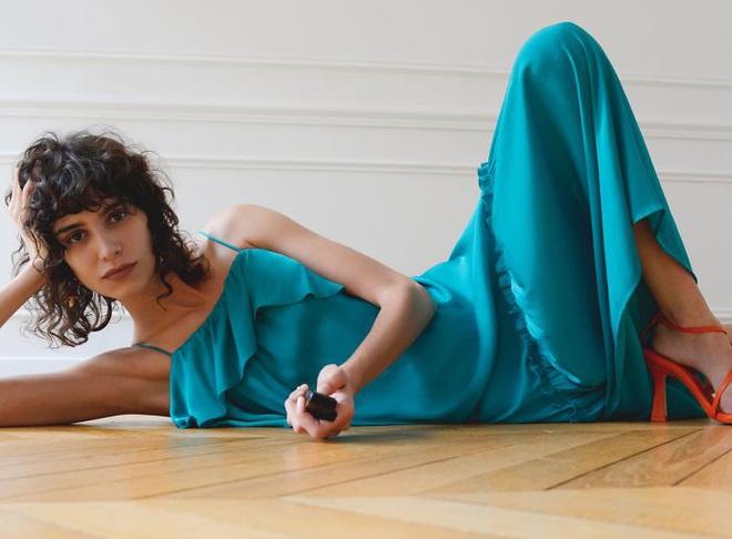 Dân mạng khóc thét khi mua sắm online đồ Zara vì tư thế khó đỡ của người mẫu chụp tại nhà - Ảnh 9.