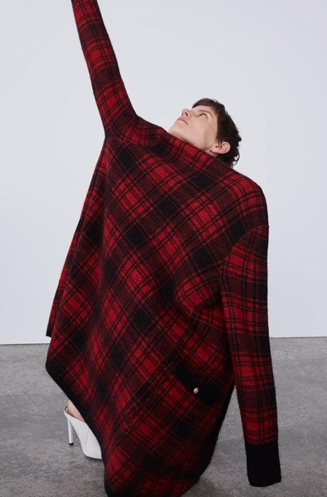 Dân mạng khóc thét khi mua sắm online đồ Zara vì tư thế khó đỡ của người mẫu chụp tại nhà - Ảnh 11.