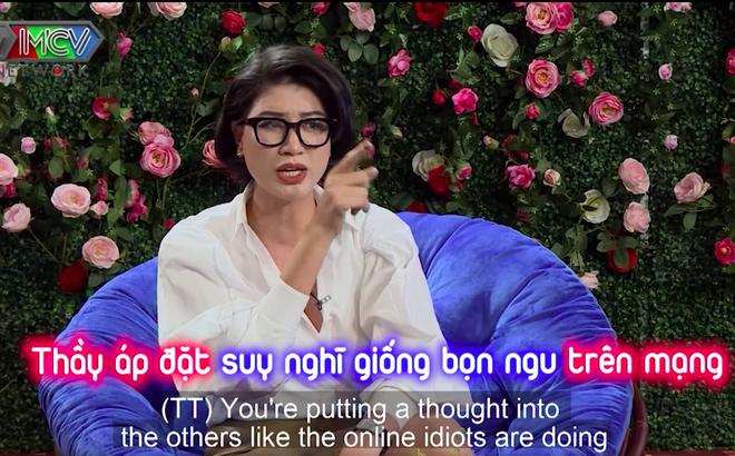 """Trang Trần chỉ tay, """"cãi"""" tay đôi với Tiến sĩ Lê Thẩm Dương"""
