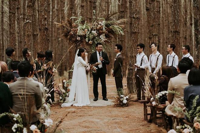 Đám cưới đặc biệt như phim của cô dâu nhà nghề ở Đà Lạt: Chỉ có 50 khách mời, không chụp trước hình cưới và thật nhiều nước mắt - Ảnh 9.