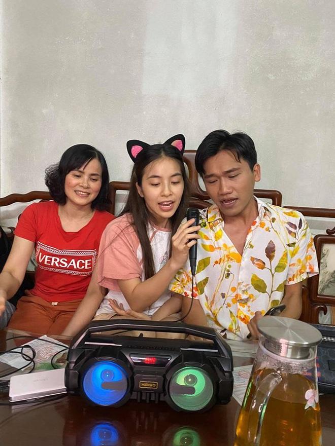 Trần Vân lên tiếng chuyện dẫn Xuân Nghị về nhà gặp bố mẹ ăn cơm ra mắt - Ảnh 2.