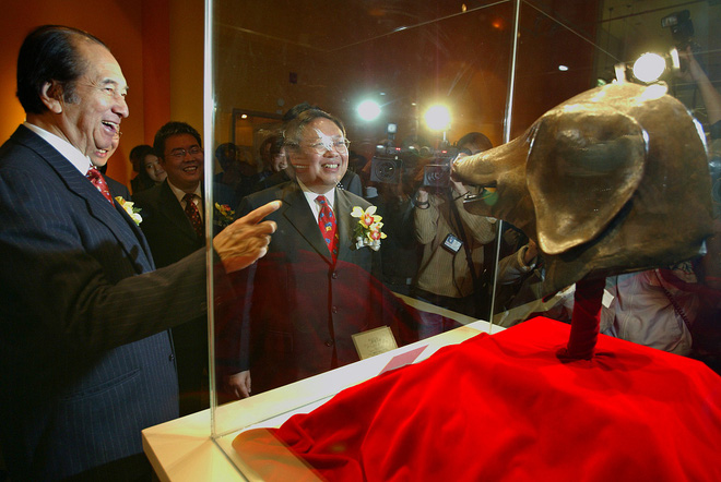 Cuộc đời ly kỳ như phim và khối tài sản khổng lồ của vua sòng bạc Macau vừa qua đời - Hà Hồng Sân - Ảnh 5.