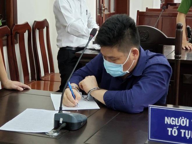 Truy tố giám đốc doanh nghiệp gọi điện cho giang hồ vây chặn xe chở công an ở tỉnh Đồng Nai - Ảnh 3.