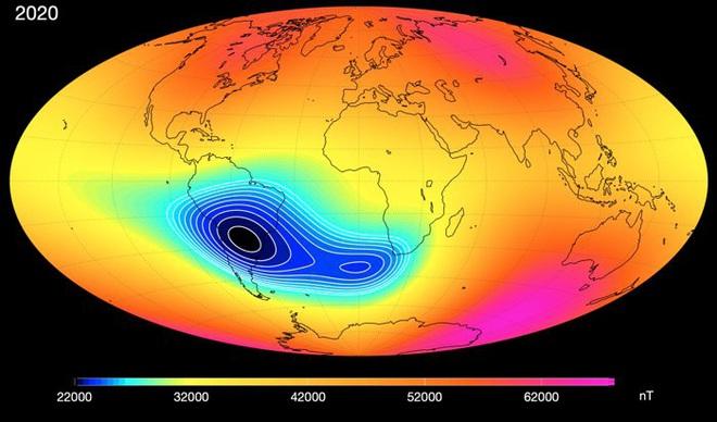 Vùng từ trường rộng lớn đang mất dần sức mạnh một cách bí ẩn: Trái Đất sắp gặp biến cố lớn? - Ảnh 1.