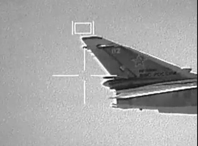 """S-400 chặn đứng đòn tấn công của Israel vào các mục tiêu Iran ở Syria - Đầu não KQ Nga tại Khmeimim bị uy hiếp: Kẻ nào """"to gan""""? - Ảnh 2."""