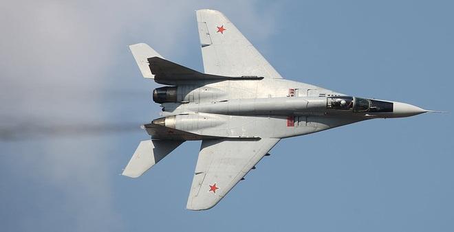 Chuyên gia: Mỹ hãy điều ngay tên lửa Patriot bắn hạ MiG-29 Nga ở Libya! - Ảnh 1.