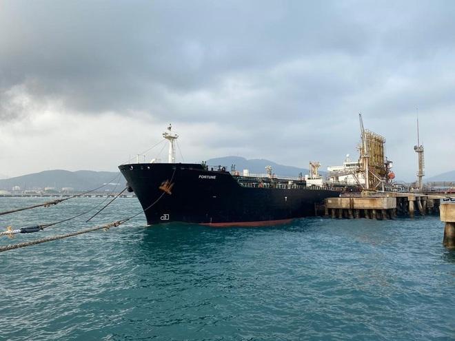 NÓNG: 3-0, Iran và Venezuela dẫn trước ngoạn mục trước hạm đội hùng hậu HQ Mỹ - Dấu hiệu tàu khóa đuôi bị chặn bắt? - Ảnh 11.