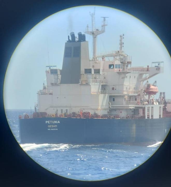 NÓNG: 3-0, Iran và Venezuela dẫn trước ngoạn mục trước hạm đội hùng hậu HQ Mỹ - Dấu hiệu tàu khóa đuôi bị chặn bắt? - Ảnh 9.