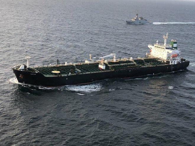 NÓNG: 3-0, Iran và Venezuela dẫn trước ngoạn mục trước hạm đội hùng hậu HQ Mỹ - Dấu hiệu tàu khóa đuôi bị chặn bắt? - Ảnh 6.