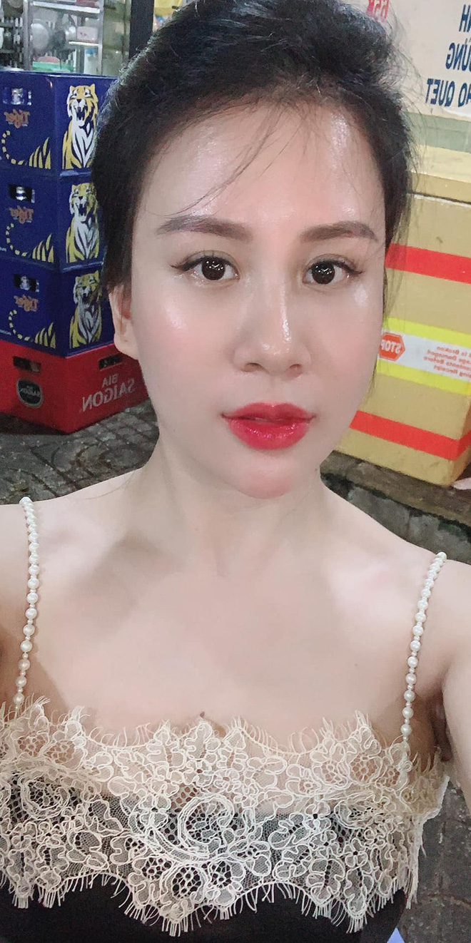 Sắc vóc vợ hai kém 8 tuổi của MC Thành Trung sau khi sinh đôi - Ảnh 8.