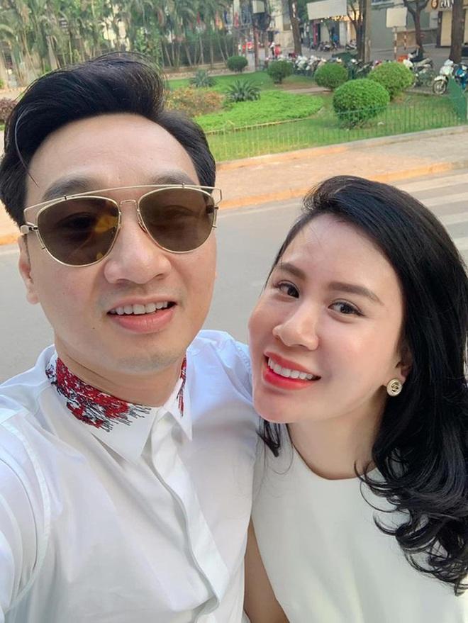 Sắc vóc vợ hai kém 8 tuổi của MC Thành Trung sau khi sinh đôi - Ảnh 1.