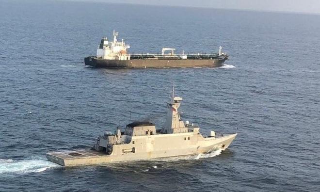 Tàu dầu Iran dường như vừa thoát khỏi nanh vuốt khu trục hạm Mỹ, thần tốc tới Venezuela - KQ Nga bất ngờ dồn dập xuất kích ở Syria sau nhiều tháng - Ảnh 2.