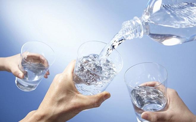 6 thời điểm vàng nên uống nước - Ảnh 1.