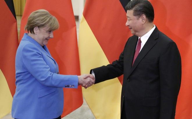 """Dự luật an ninh Hồng Kông: Mỹ gọi, EU không đáp và lý do khiến EU không thể """"xuống tay"""" với TQ"""