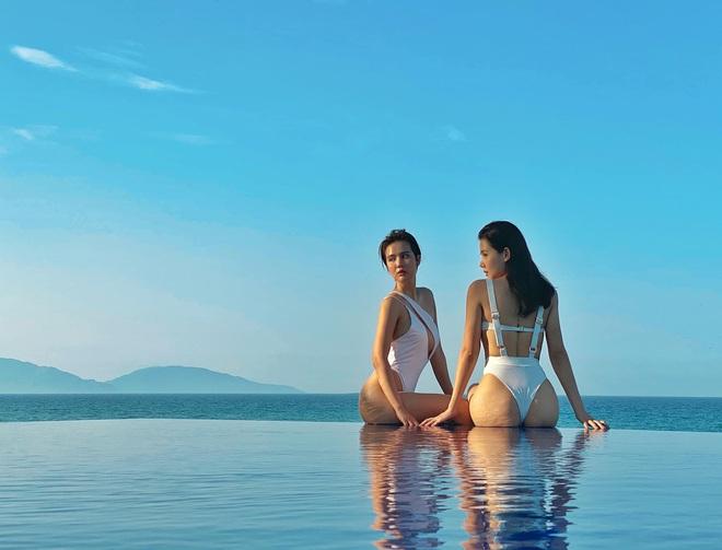 Phanh Lee và Huyền Lizzie kỷ niệm 7 năm tình bạn bằng bộ ảnh cực nóng bỏng - Ảnh 7.