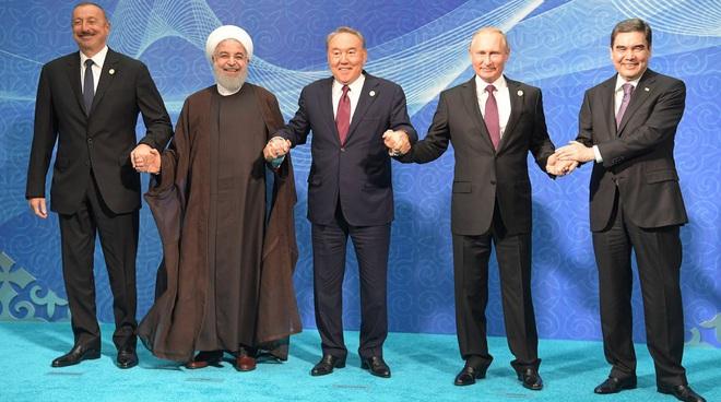 Iran xây dựng liên minh thép giữa vòng vây của Mỹ, Tổng thống Trump đứng ngồi không yên - Ảnh 2.