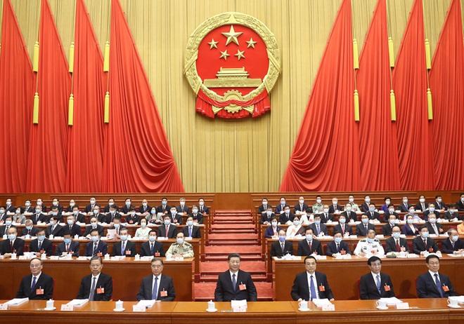 Luật an ninh Hồng Kông: Bộ trưởng Công an Trung Quốc tuyên bố sắc lạnh, tiên phong xuất trận - Ảnh 2.