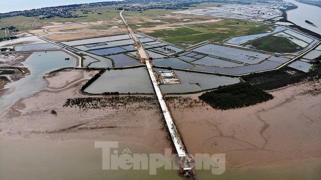 Khám phá cầu đường bộ dài nhất miền Trung nối Nghệ An và Hà Tĩnh - Ảnh 5.