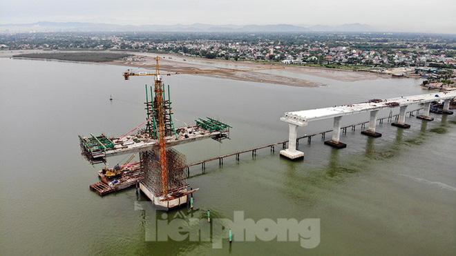 Khám phá cầu đường bộ dài nhất miền Trung nối Nghệ An và Hà Tĩnh - Ảnh 9.