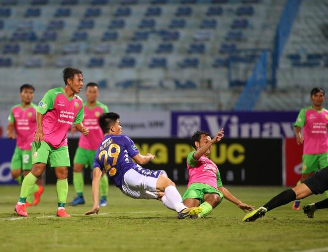KẾT THÚC cúp QG 2020 Hà Nội 3-0 Đồng Tháp: Trận cầu phung phí của Quang Hải và đồng đội - Ảnh 6.