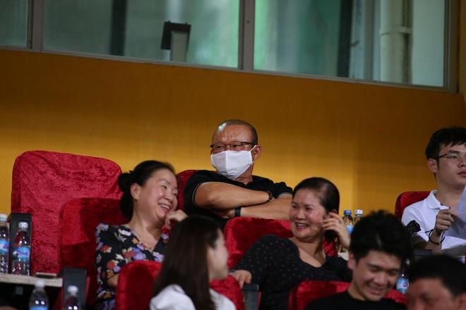 KẾT THÚC cúp QG 2020 Hà Nội 3-0 Đồng Tháp: Trận cầu phung phí của Quang Hải và đồng đội - Ảnh 8.