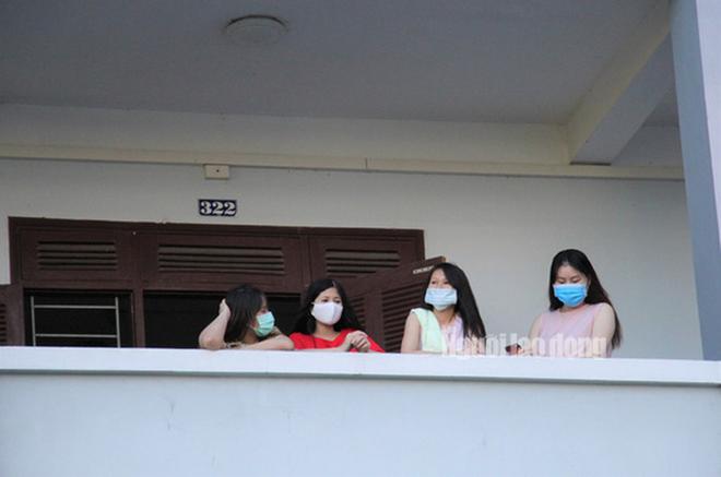 Nhịp sống bên trong khu cách ly 243 bà bầu ở Quảng Nam  - Ảnh 13.