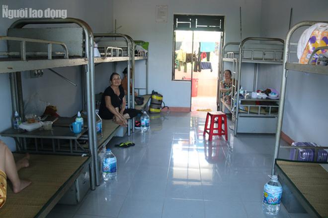 Nhịp sống bên trong khu cách ly 243 bà bầu ở Quảng Nam  - Ảnh 18.