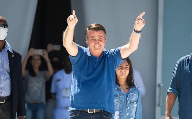 """Tại ổ dịch COVID-19 lớn nhất Mỹ-Latinh: TT Brazil vẫn """"dẫn đầu"""" phong trào biểu tình phản đối cách ly xã hội"""