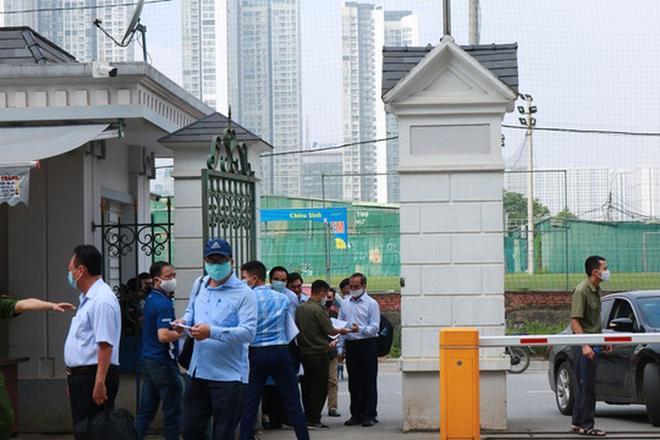 Phan Văn Anh Vũ: Bị cáo không phải bị bắt khi đang bị truy nã - Ảnh 2.