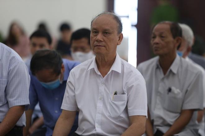 Cựu Chủ tịch Đà Nẵng Trần Văn Minh đề nghị mời Chủ tịch Huỳnh Đức Thơ tới tòa để làm rõ một số vấn đề - Ảnh 2.