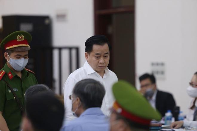 Cựu Chủ tịch Đà Nẵng Trần Văn Minh đề nghị mời Chủ tịch Huỳnh Đức Thơ tới tòa để làm rõ một số vấn đề - Ảnh 1.