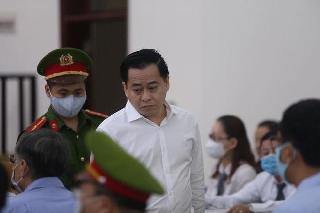 Phan Văn Anh Vũ: Bị cáo không phải bị bắt khi đang bị truy nã - Ảnh 4.