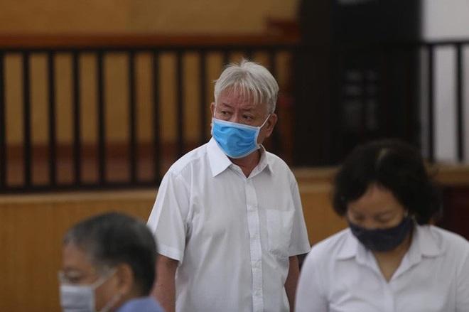 Phan Văn Anh Vũ: Bị cáo không phải bị bắt khi đang bị truy nã - Ảnh 8.