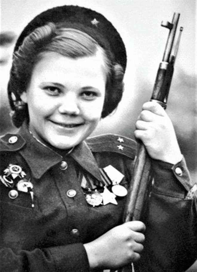 11 nữ xạ thủ bắn tỉa nguy hiểm nhất của Liên Xô - Ảnh 8.