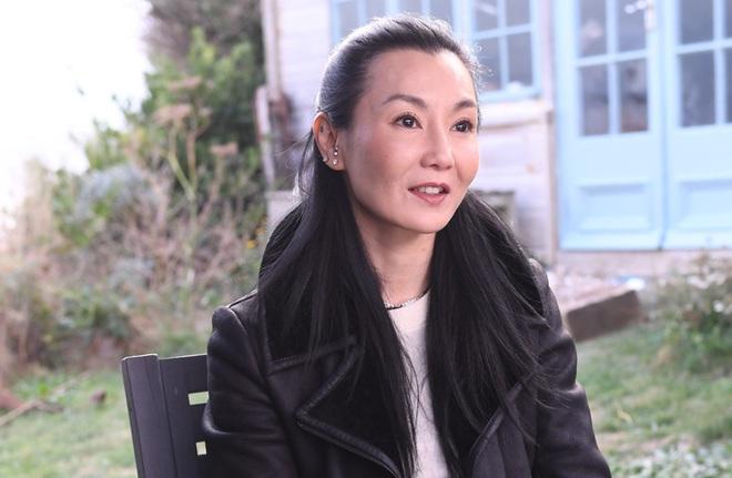 Đệ nhất mỹ nhân Hong Kong Trương Mạn Ngọc: Tuổi U60 già nua, lập dị, không con cái - Ảnh 8.