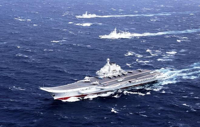 Cả gan diễu võ dương oai trước người Mỹ, Hải quân TQ sẽ nếm đòn sấm sét từ trên không? - Ảnh 1.