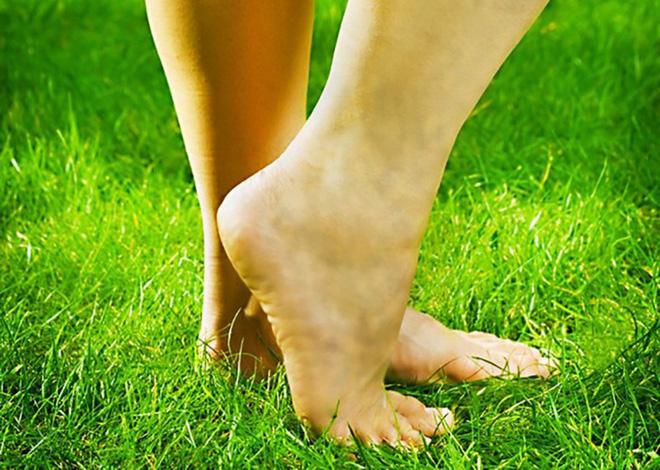 8 dấu hiệu ở chân cảnh báo bạn có thể đang mắc bệnh nguy hiểm - Ảnh 4.