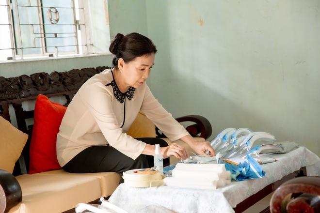 Lam Trường, Tóc Tiên, Hoàng Thùy Linh hát ngợi ca những việc làm tử tế - Ảnh 7.