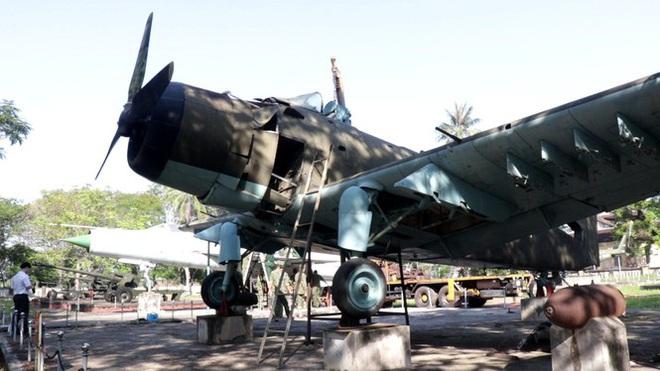 Mục kích quân đội tháo rời máy bay tại Huế chuyển về bảo tàng - Ảnh 2.