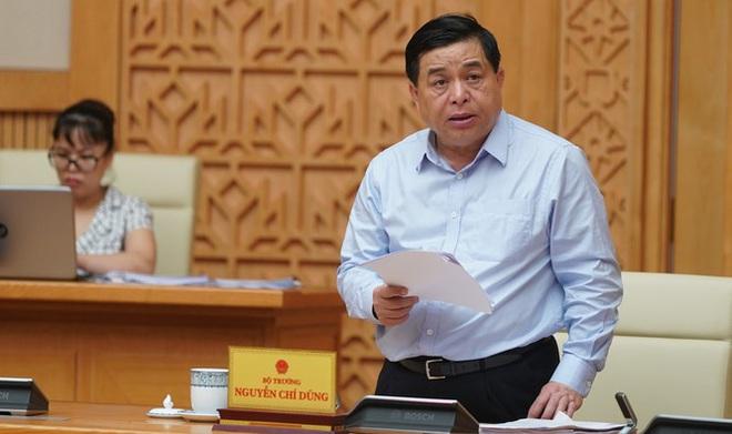 Bộ trưởng Bộ Kế hoạch và Đầu tư: Sẽ cắt giảm một nửa kinh phí đi công tác nước ngoài - Ảnh 1.
