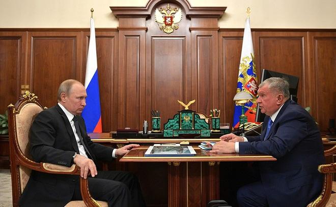 NYT: Giá dầu lao dốc, lời nói dối không ngượng ngùng suốt hàng thập kỷ của Nga bị lật tẩy - Ảnh 3.