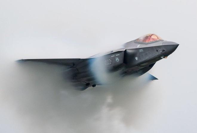 Siêu tiêm kích F-35 không thể bay với tốc độ siêu thanh - Ảnh 2.