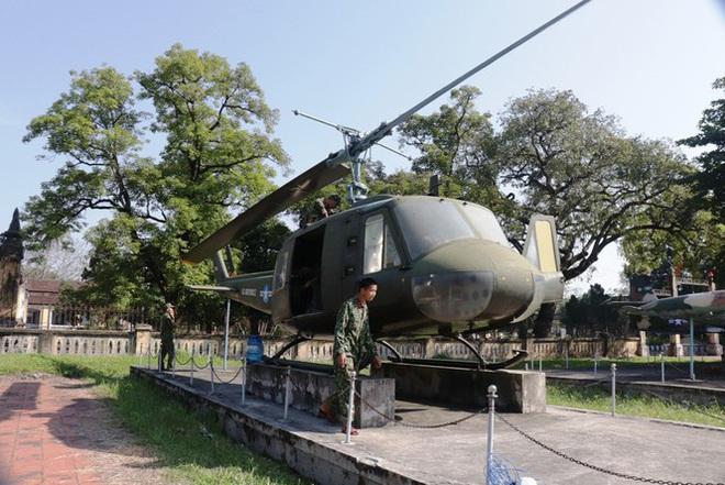 Mục kích quân đội tháo rời máy bay tại Huế chuyển về bảo tàng - Ảnh 13.
