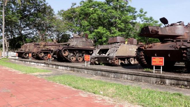 Mục kích quân đội tháo rời máy bay tại Huế chuyển về bảo tàng - Ảnh 8.