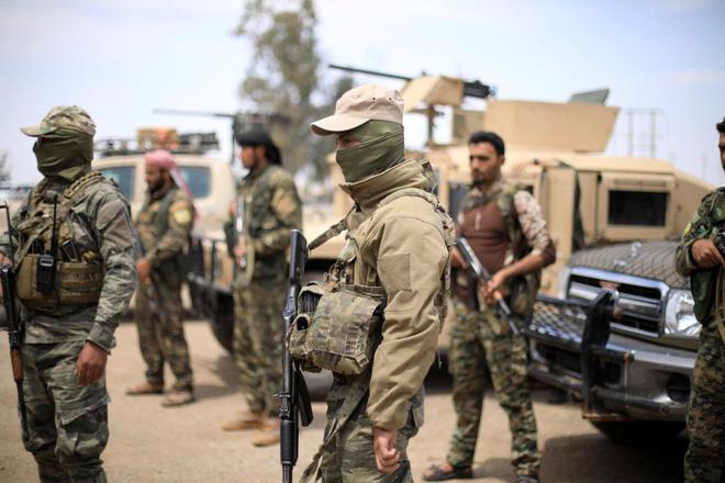 TT Trump ra quyết định gây choáng về quyền dùng sức mạnh quân sự tấn công Iran - Hé lộ sứ mệnh đặc biệt của Vệ binh Quốc gia Nga ở Syria - Ảnh 1.