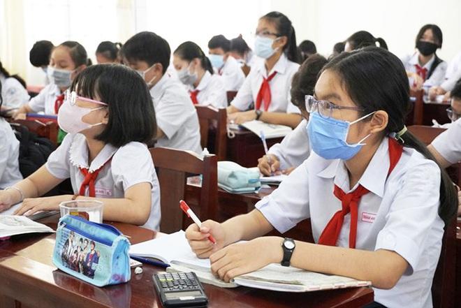 Trước kỳ thi vào lớp 10 năm học 2020-2021 tại Hà Nội: Nhiều lựa chọn cho học sinh - Ảnh 1.